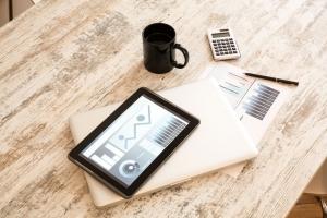 Sprzęt firmowy sposoby rozliczania kosztów - radzi biuro rachunkowe,